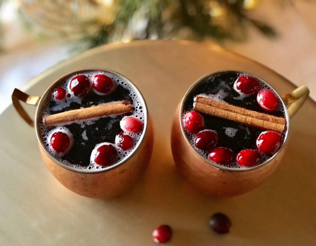 Cinnamon and Cranberry Cocktail